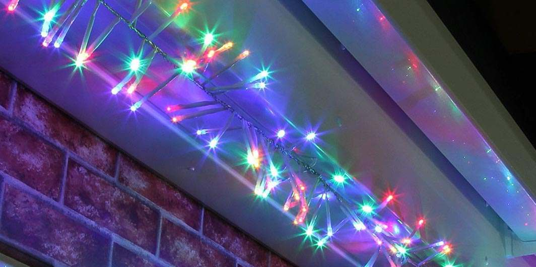 outdoor christmas cluster lights buy now from festive lights. Black Bedroom Furniture Sets. Home Design Ideas