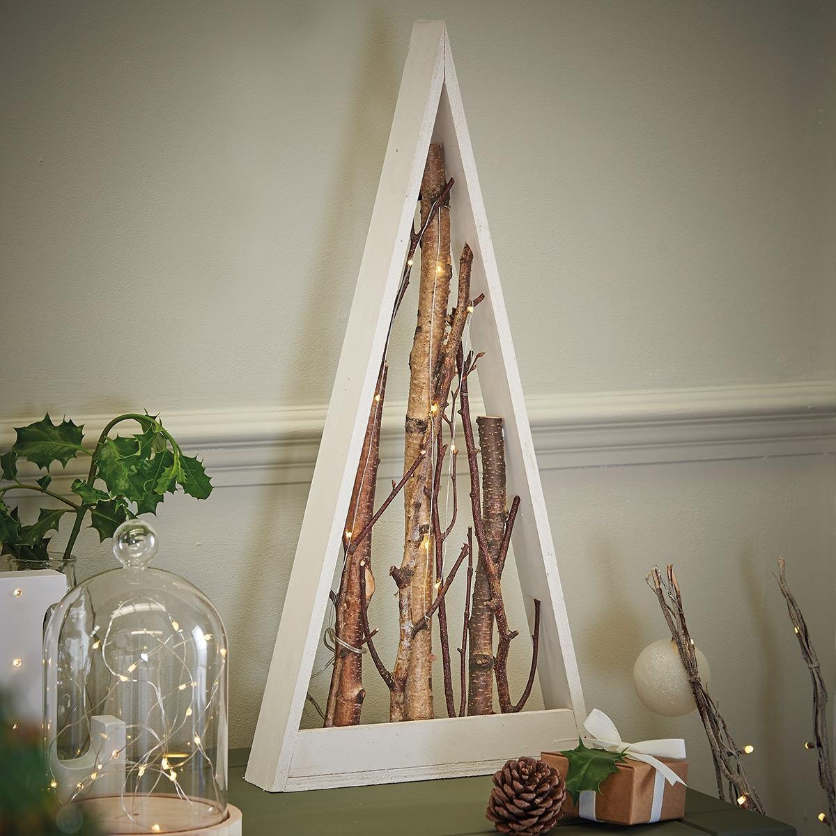 Wooden battery light up triangle with twigs warm white leds for Decoration de noel exterieur avec bouleau