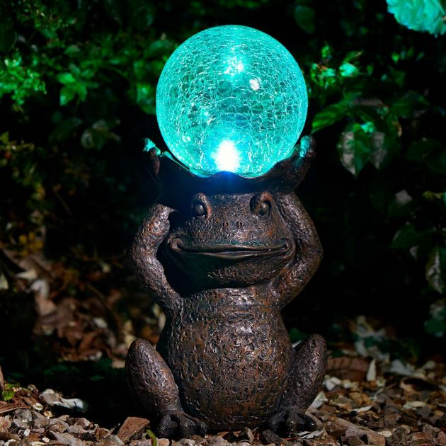 Solar Novelty Gazing Frog Light