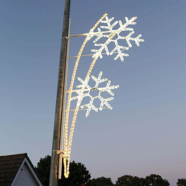 2m Aluminium Outdoor Rope Light Christmas Snowflakes Motif, Twinkle LEDs