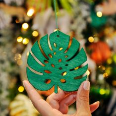 10cm Green Lasercut Leaf Christmas Tree Decoration