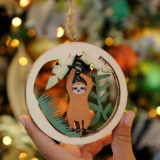 10cm Laser Cut Sloth in Circle Christmas Tree Decoration