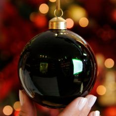 8cm Green Shiny Emerald Glass Christmas Tree Bauble