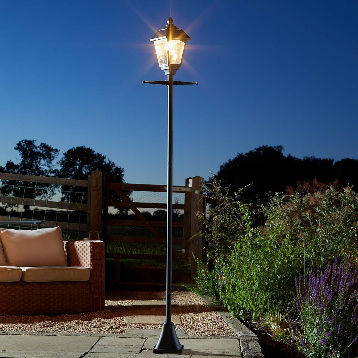 Lamp Post Lights Solar Post Lights on