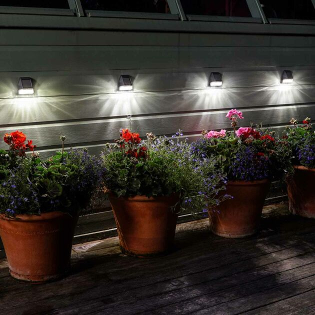 Super Bright Premium Solar Fence, Wall & Post Light, 4 Pack