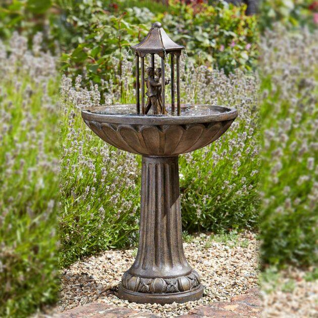 Solar Dancing Couple Water Fountain