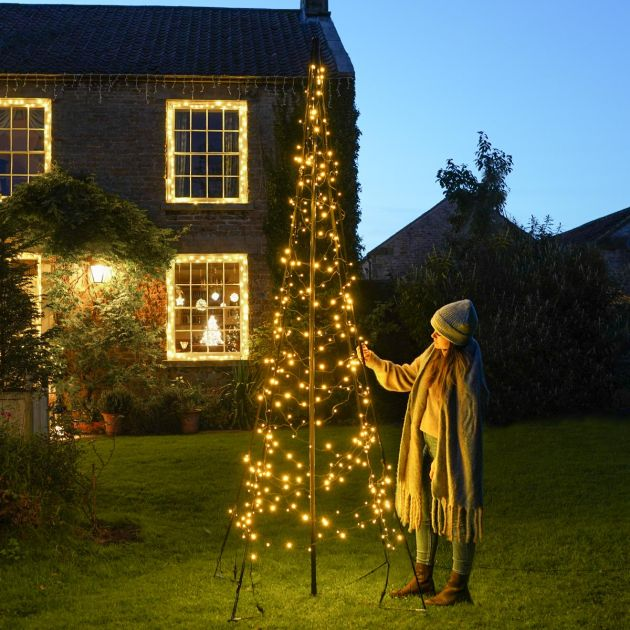 3m Outdoor FairyBell All Surface Pre-Lit Tree, 320 Warm White LEDs