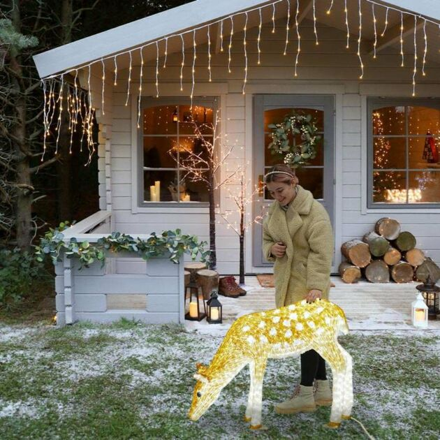 1m Outdoor Female Reindeer Figure, 1380 White LEDs