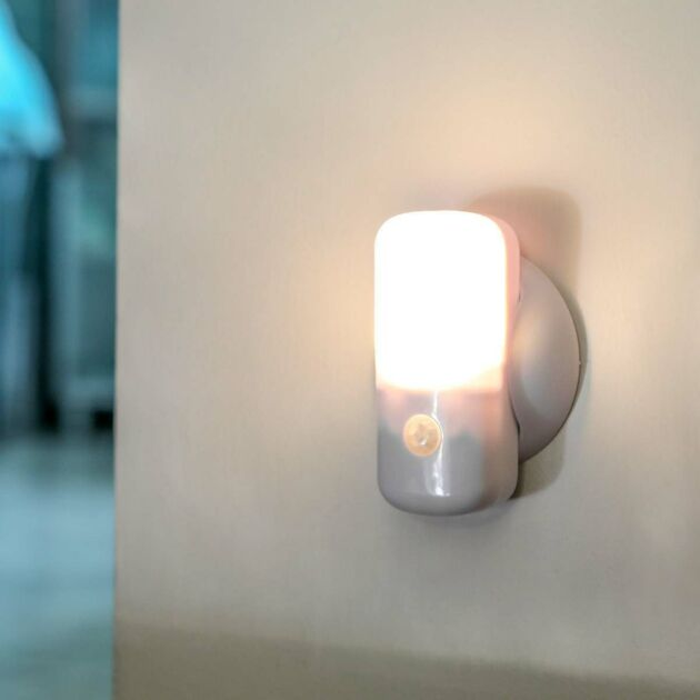 Portable Battery Light with Motion Sensor, Warm White LEDs
