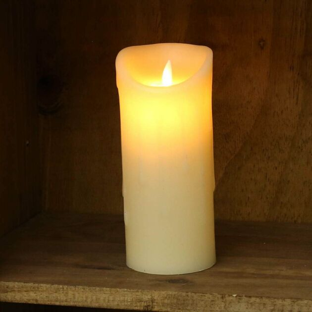 18cm Cream Battery Melted Wax Dancing Flame LED Candle