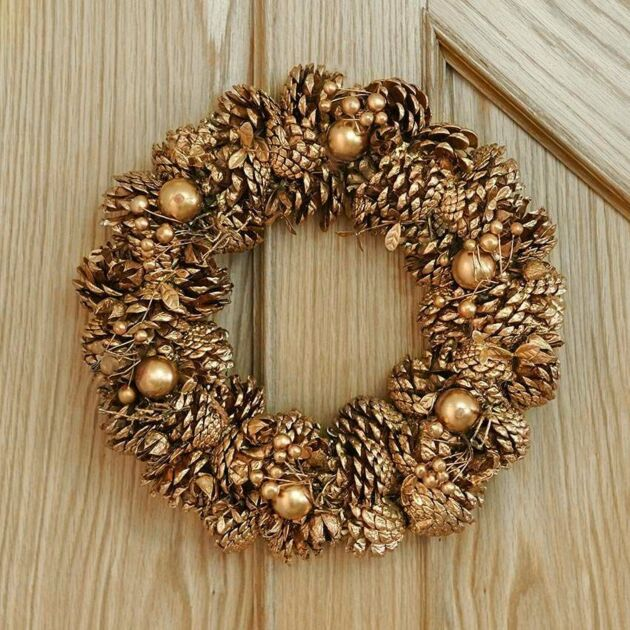 36cm Gold Baubles and Berry Christmas Wreath