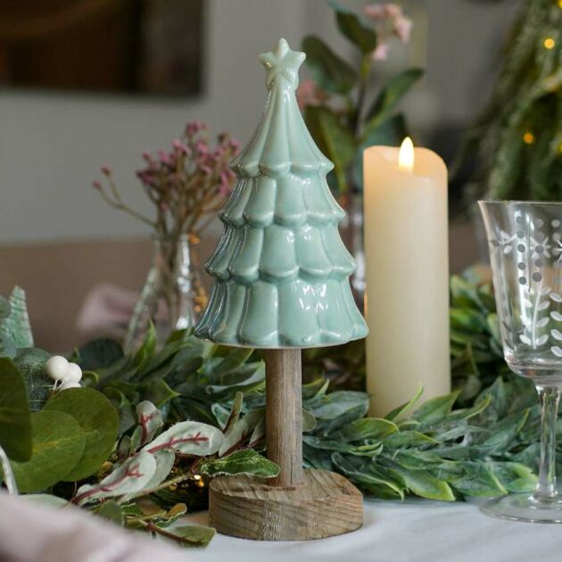 23cm Pearlescent Tabletop Christmas Tree