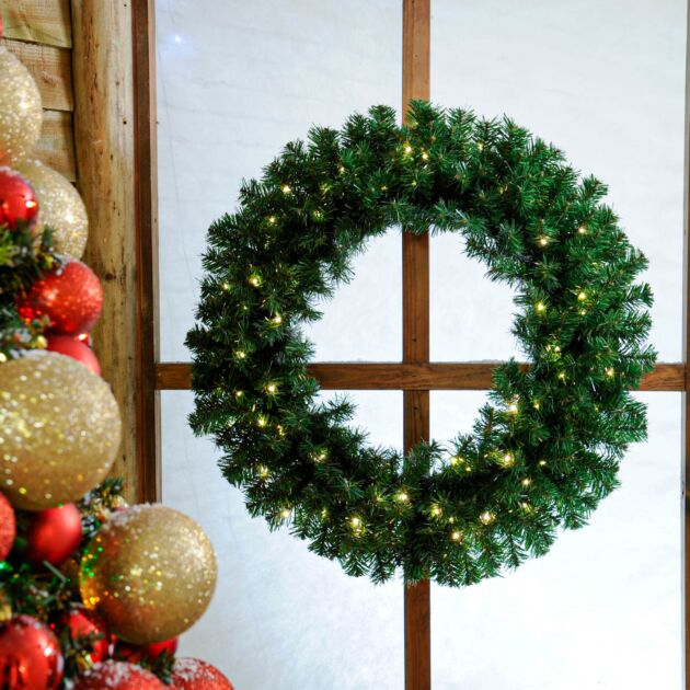 80cm Outdoor Green Battery Pre-Lit Christmas Wreath