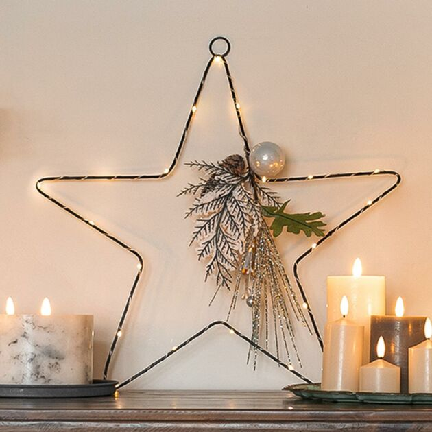 50cm Battery Hanging Star with Silver Berry & Pinecones Christmas Decoration