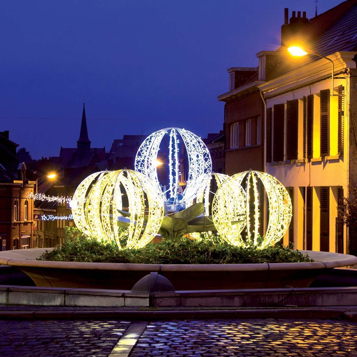 Illuminated Warm White `Riga` Sphere, 1.35m