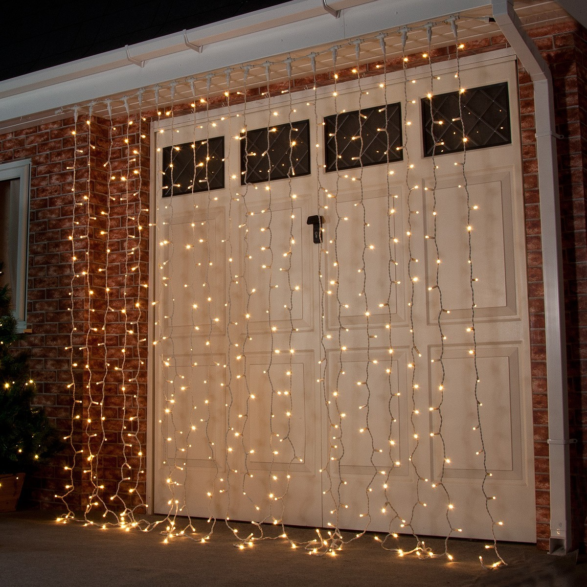 2m X 2 5m Outdoor Curtain Lights Connectable 500 Leds
